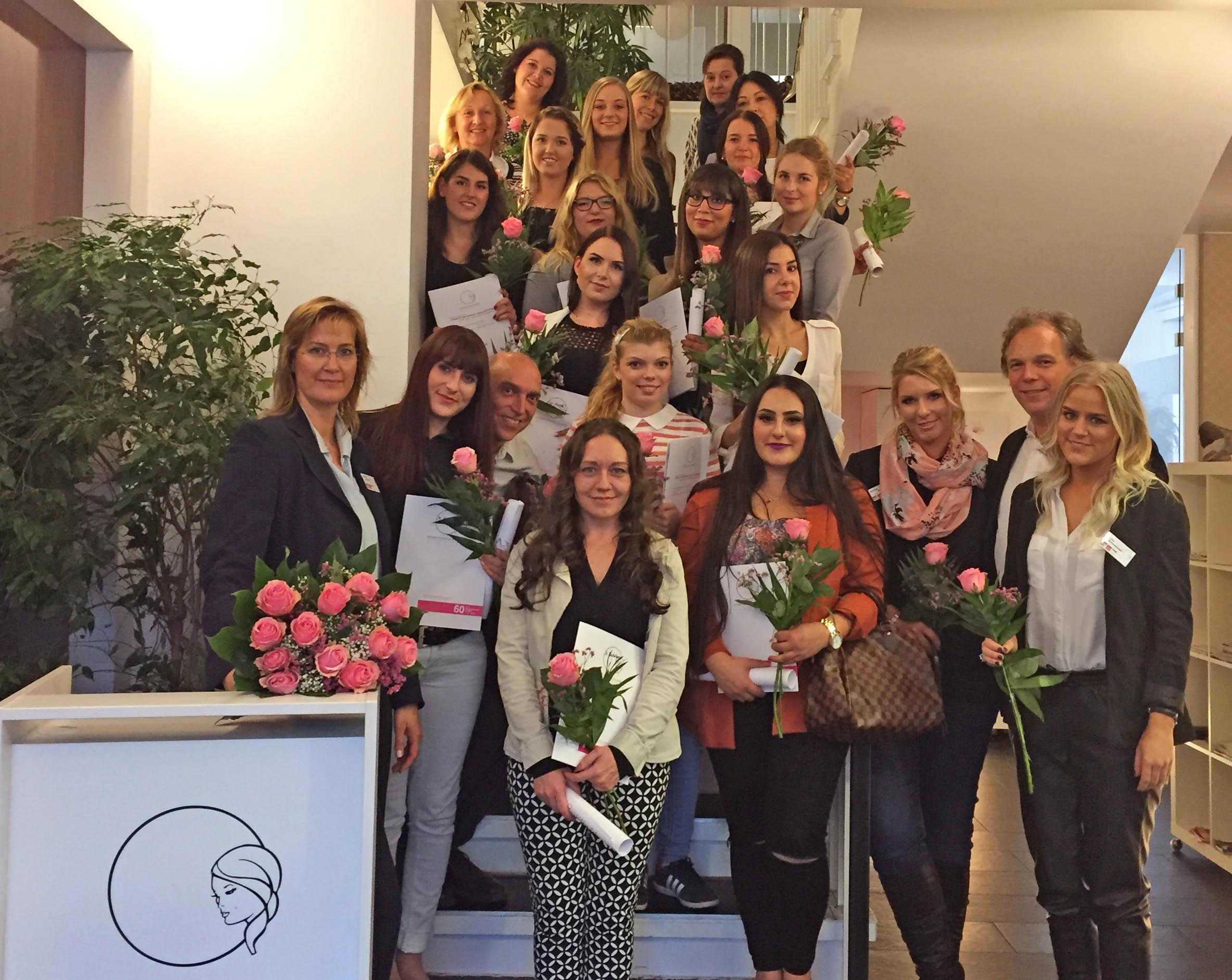 Kosmetikschule Schäfer 01 - staatlich geprüfte Kosmetikerinnen