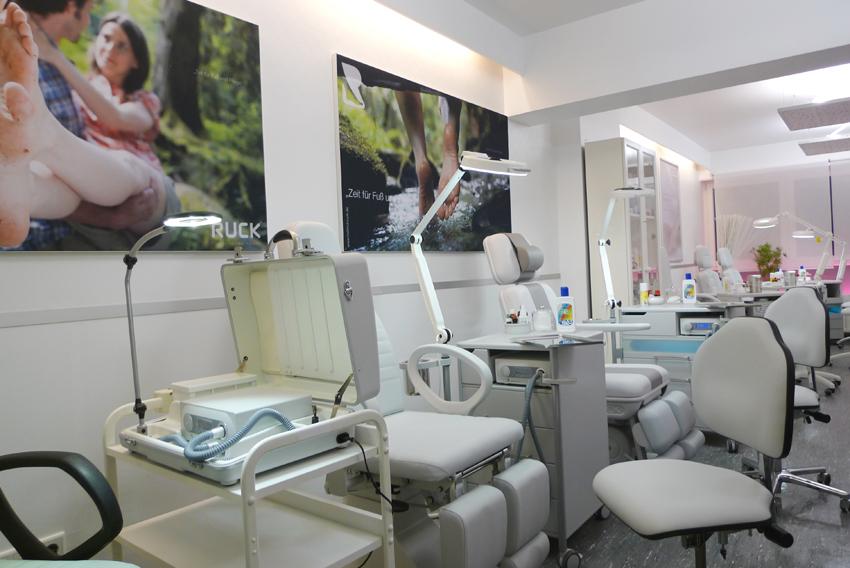 Ausbildung in der med. Fußpflege - Kosmetikschule Schäfer