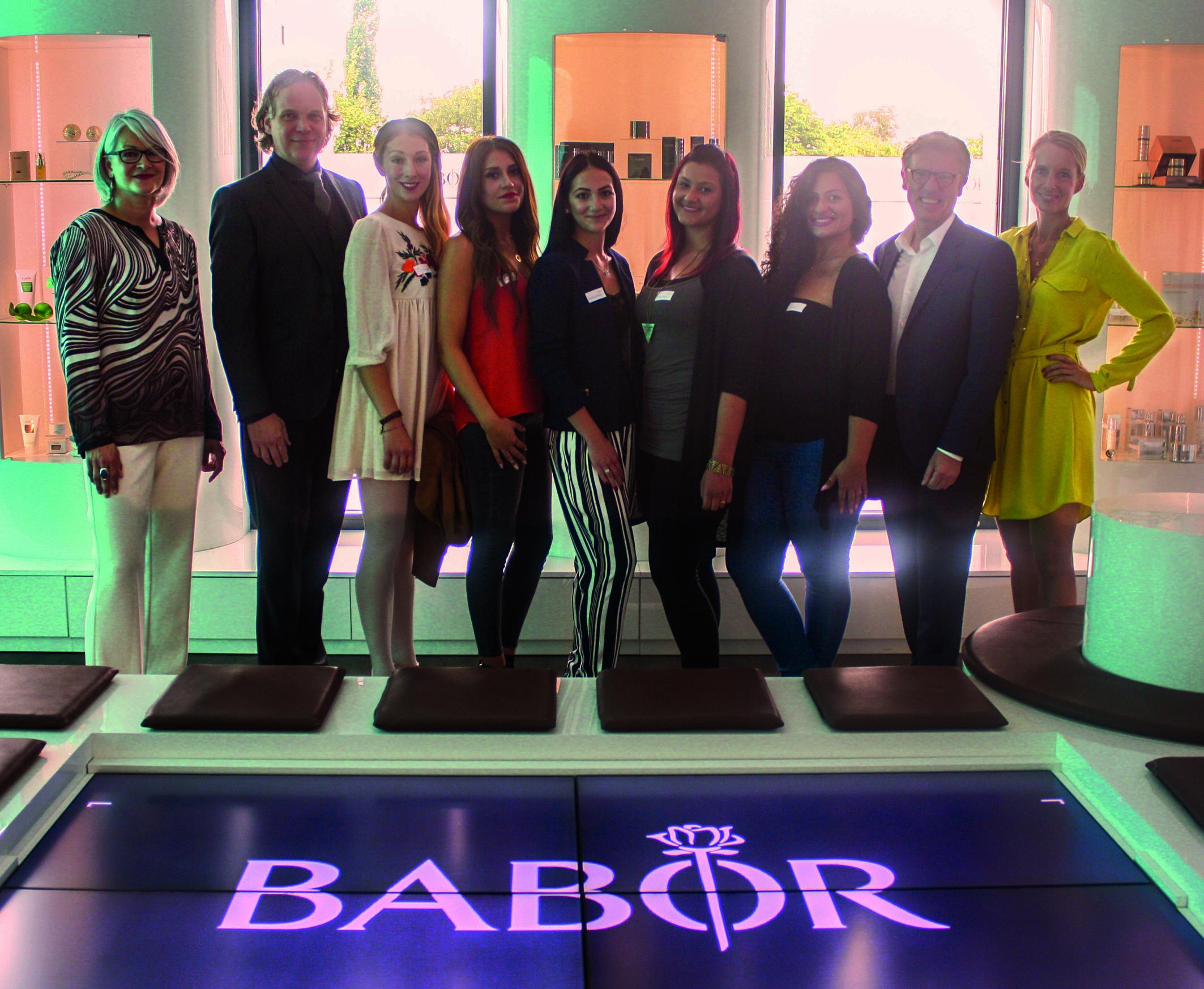 BABOR_Finale Stipendium Kosmetikschule Schäfer_Gruppe